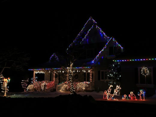 check out these great christmas displays in iron county - How To Check Christmas Lights