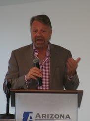 El ex canciller mexicano Jorge Castañeda expuso los