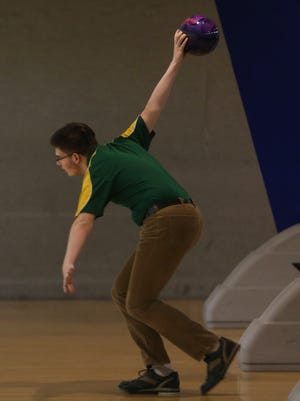 Morris Knolls Jack Cook throws during Morris County Tournament at Rockaway Lanes. January 28, 2016, Rockaway, NJ.
