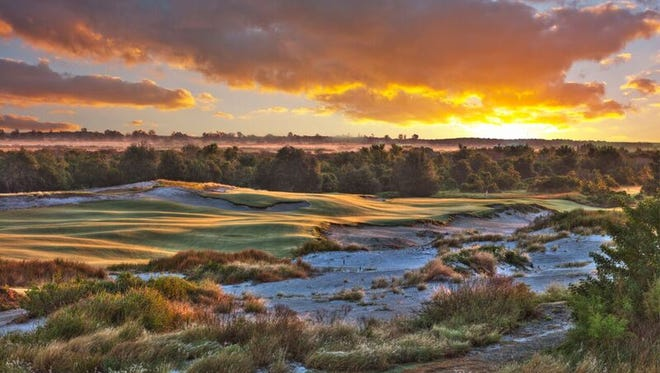 The Red course at Streamsong Golf Resort  plays to a par of 72 and is 7,050 yards.