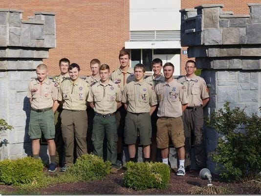 635979570506254609-scouts-group.jpg