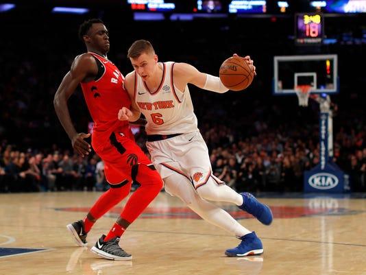 636472352151004931-Raptors-Knicks-Basket-njha.jpg