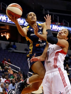 Sydney Carter (4) and the Fever won their fourth in a row.