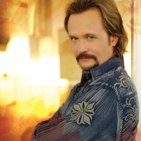 Q&A with Travis Tritt: Show Sunday at MPAC