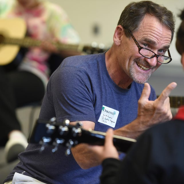 'Guitars Not Guns' teaches music to at-risk youth
