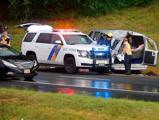 Watch Two Confirmed Dead In Holmdel Garden State Parkway Crash