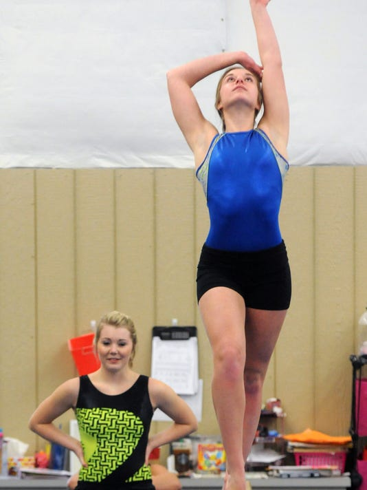 zan 0102 Tri-Valley gymnastics 03.JPG