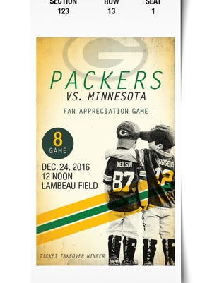 Twins Desmond and Christian Abel, then four, were on the Green Bay Packers' Fan Appreciation Game tickets in December 1016.