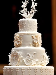 This was the cake Fiona Cairns made for William and Kate's 2011 wedding.