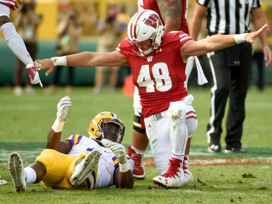 Wisconsin Badgers linebacker Jack Cichy (48) reacts
