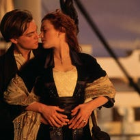 Top 10 kisses in the movies