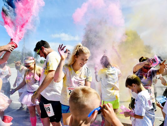 2-YDR-CD-070216-color-run