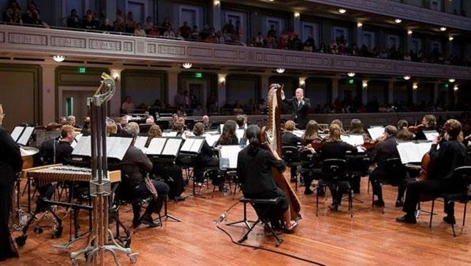 Renewed Life Ministries Outreach presents the Nashville Praise Symphony in a free concert on April 29 at St. Mark's United Methodist Church, 1267 N. Rutherford Blvd. in Murfreesboro.