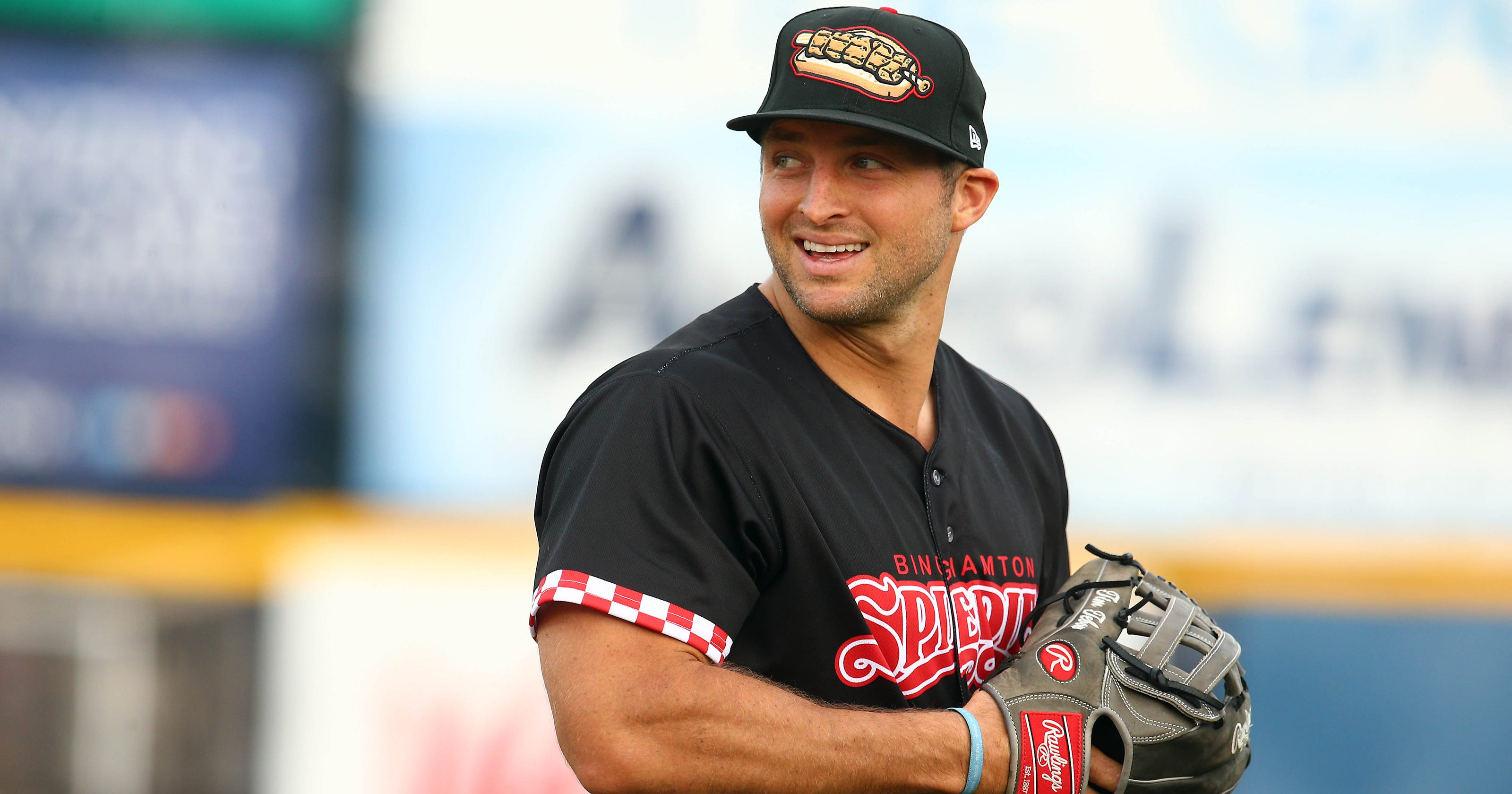 d71d4436154 Tim Tebow has shown signs he s improving as a baseball player