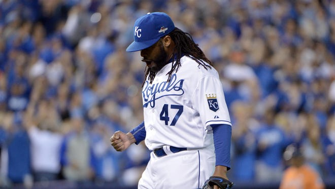 Johnny Cueto retired the last 19 batters he faced in Game 5.