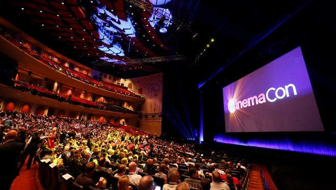The crowd inside CinemaCon 2015.