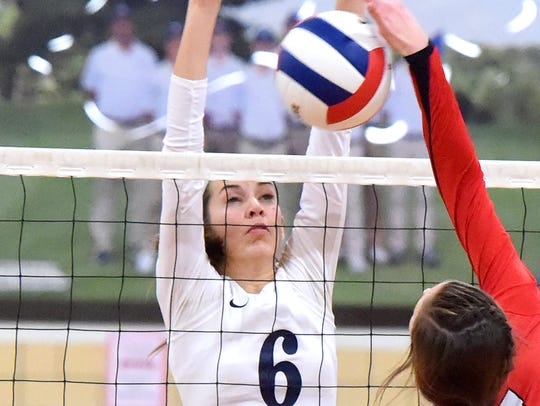 Robert E. Lee's Jennifer Williams will play volleyball
