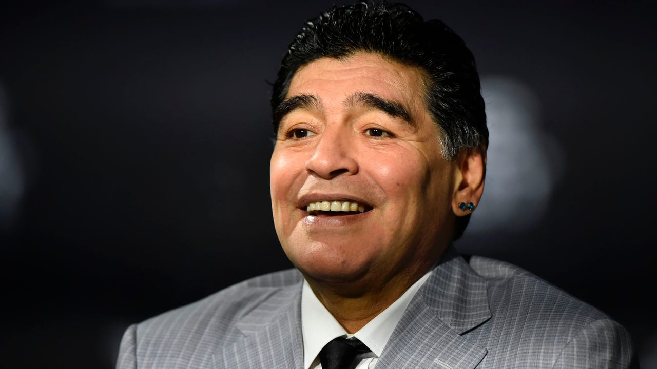 Diego Maradona is the new coach of Al-Fujairah, which plays in the second division in the United Arab Emirates.