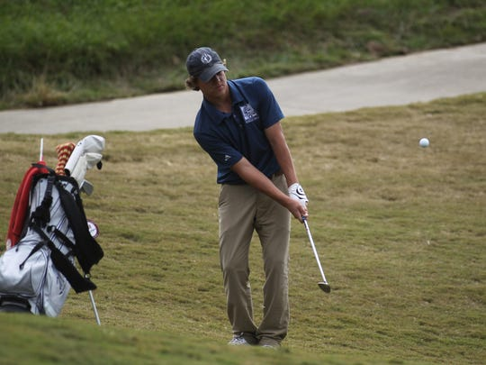 Maclay freshman Miller Shelfer won a District 1-1A title on Wednesday at Southwood Golf Club, shooting a 1-over par round of 73 to win by a stroke.