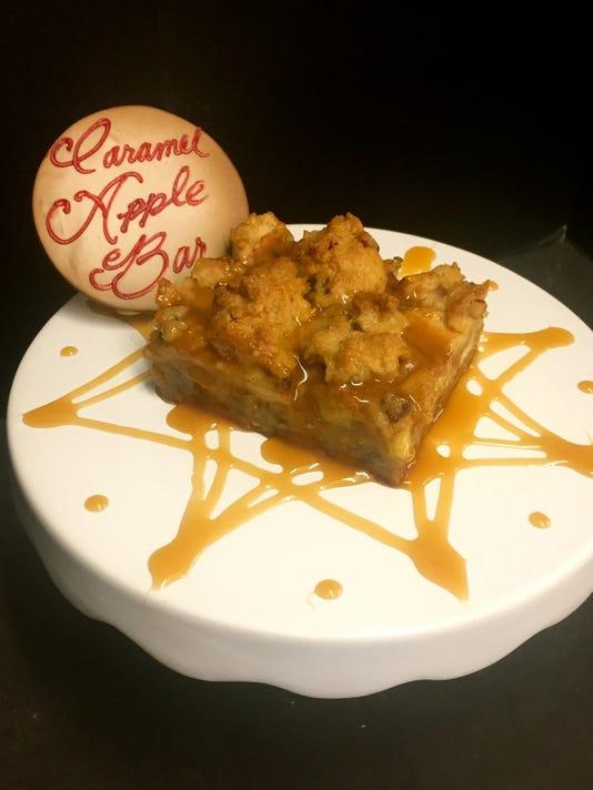 uask05-gingerbread house apple bars