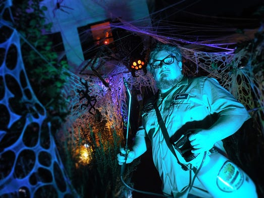 Shawn and Lynne Mitchell's haunted yard comes to life