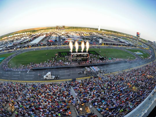 Nascar Shakes Up Schedule For 2018 And Adds Road Course