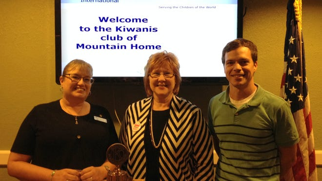 Niki de Soto (left) recently was inducted into Kiwanis Club of Mountain Home. Also shown are sponsor Paulette Hill and President Jesse Carroccio.