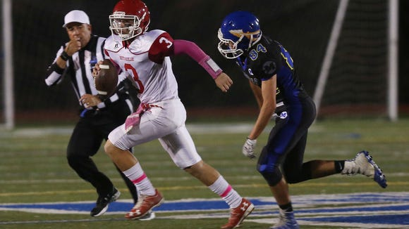 North Rockland defeated Mahopac 27-10 in football action at Mahopac High School Oct. 13, 2017.