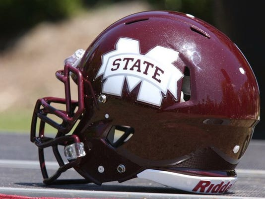 Mississippi_State_football_helmet_t670