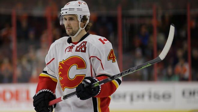 Calgary Flames defenseman Kris Russell had a record 283 blocked shots this season.