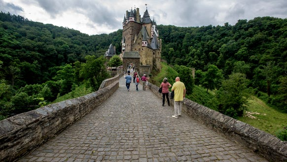 Walking to the castle.
