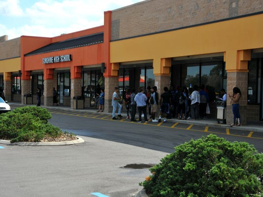 XXX ALTERNATIVE SCHOOLS STORY 09.JPG A ELN USA DC