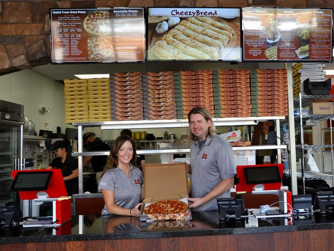 Restaurant openings and closings in july across phoenix for Fish store phoenix
