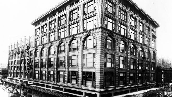 The Younkers building in 1935.