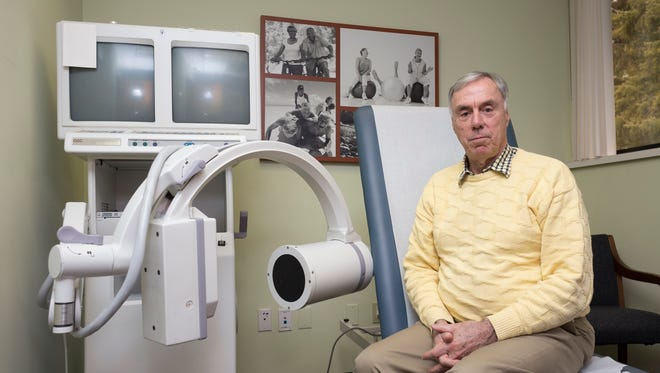 Robert Willard, general manager for the Knee Institute & Regenerative Medicine in West Bloomfield, says he was in debilitating pain before receiving hyaluronic acid injections in both knees.