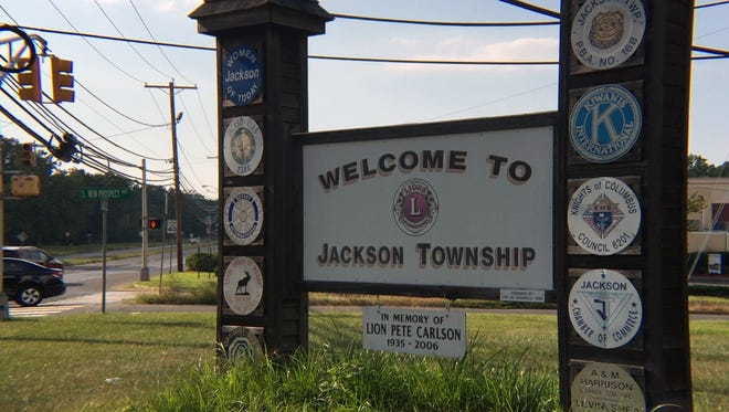 A sign greets visitors to Jackson Township on West County Line Road.