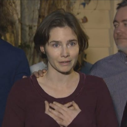 Amanda Knox speaks to the media on March 27, 2015.