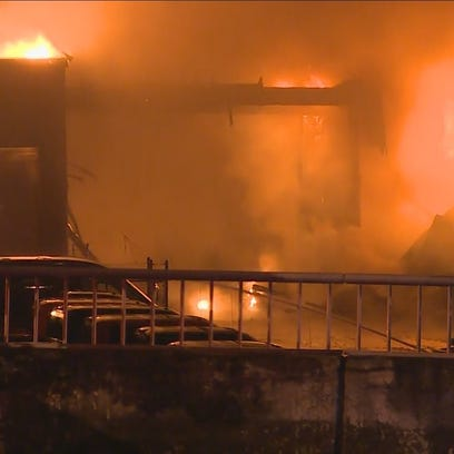 Fire rips through Bellevue Ford Dealership