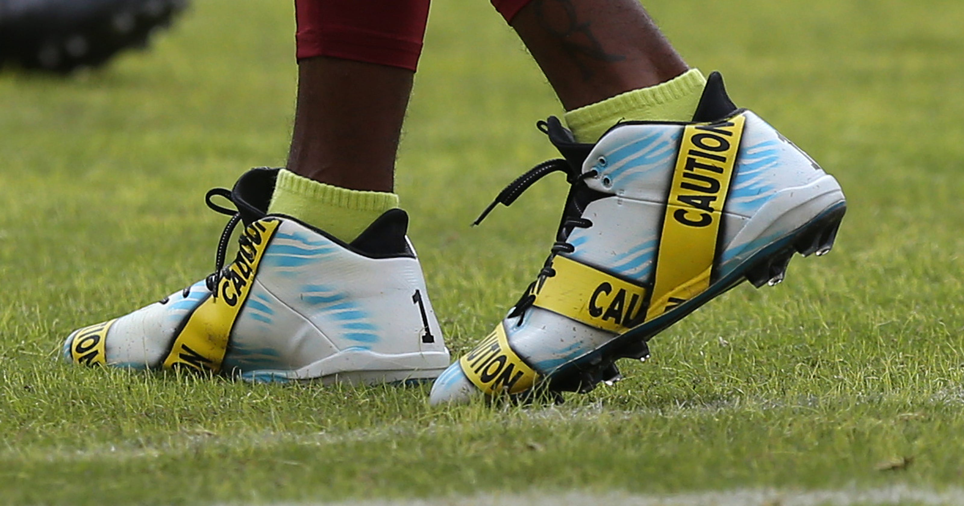 18 amazing pairs of cleats worn by NFL players