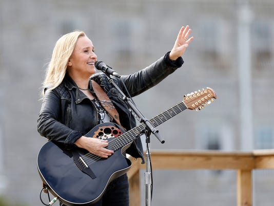 Melissa Etheridge at Ohio Reformatory for Women in Marysville, Ohio.