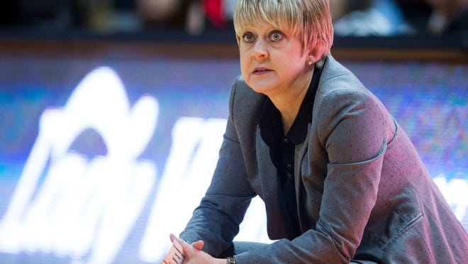 Feb 15, 2018; Knoxville, TN, USA; Alabama Crimson Tide head coach Kristy Curry looks on during a game against the Tennessee Lady Volunteers at Thompson-Boling Arena. Mandatory Credit: Saul Young/Knoxville News Sentinel via USA TODAY NETWORK