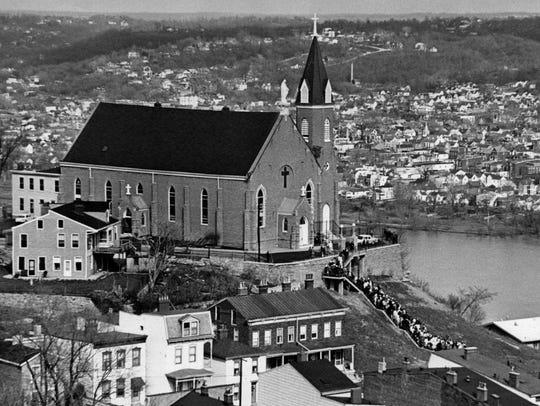1965: The faithful make their annual Good Friday pilmgramage