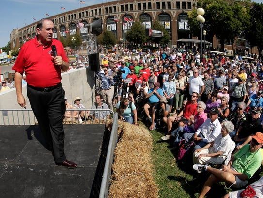 Former Arkansas governor Mike Huckabee speaks at the