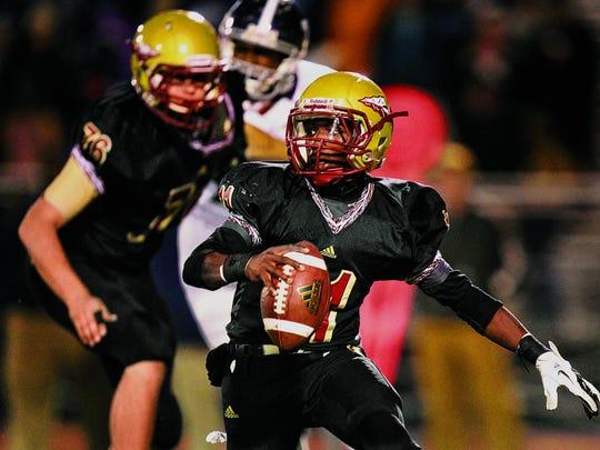 Riverdale's quarterback Marqwell Odom