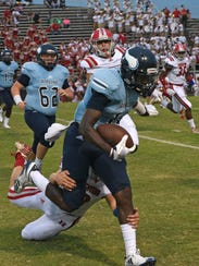Airline's Coby McGee makes a gain after catching a