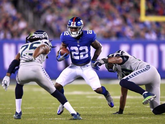 New York Giants running back Wayne Gallman (22) rushing