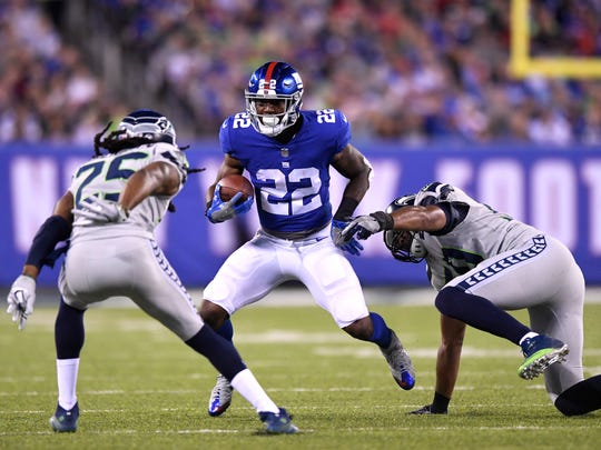 New York Giants running back Wayne Gallman (22) rushing in the second half. The Seattle Seahawks defeat the New York Giants 24-7 on Sunday, October 22, 2017 in East Rutherford, NJ.