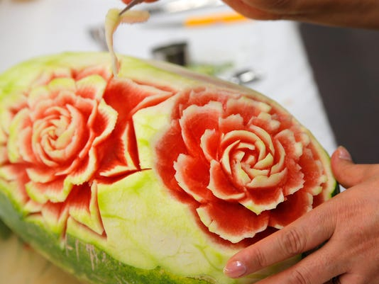 Watermelon Carving 2