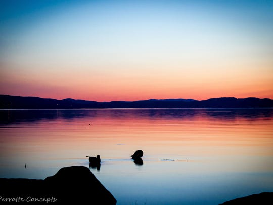 Lake Champlain sunset from Oakledge Park in Burlington