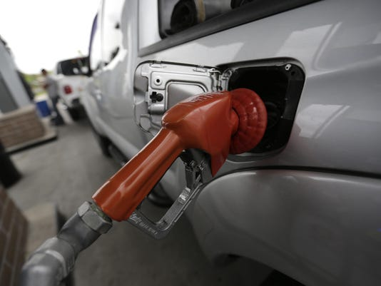 AP SUMMER GASOLINE PRICES F A USA LA